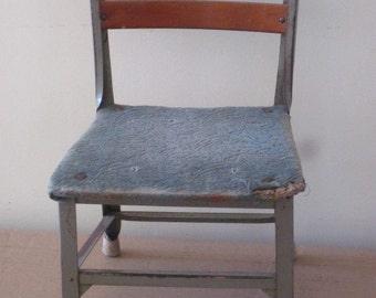 Vintage Toledo Steel Childu0027s Size Desk Chair