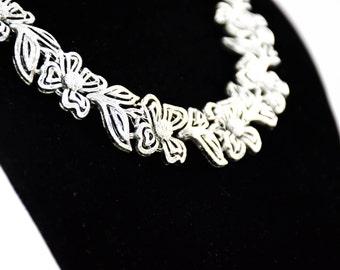 Vintage Mid Century Necklace - Vintage Lisner Necklace - Vintage Flower Necklace - Floral Silvertone Necklace - Gift for her - Silvertone
