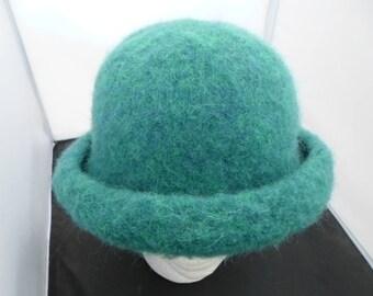 Bue Green Felt Hat
