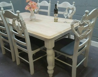 Beautiful 6ft x 3ft Table and Six Chair Set