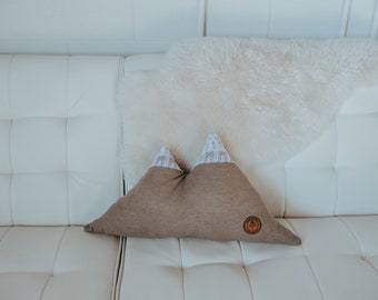 Mountian Pillow - lace peak - Made to Order