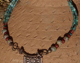 Tribal Boho Southwest Turquoise Chrysocolla Heishi Necklace with Copper Pendant