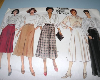 VOGUE 1399 Basic Design Skirt Pattern Size 14 Uncut and Complete