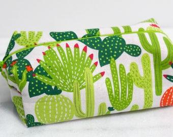 Cactus Makeup Bags, Cactus Print Bag, Makeup Bag, Cactus Zipper Pouch, Bridesmaid Gift, Cactus Gift, Cactus Bag, Cactus Pouch, Cactus Bags