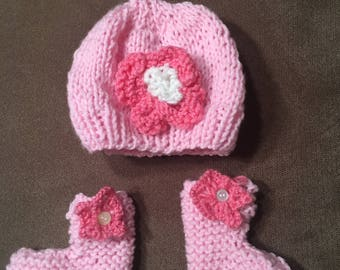 Pink baby hat with matching booties