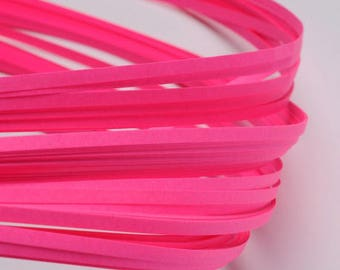 120 strips of paper for Quilling - neon pink