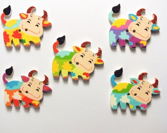 LOT 5 wood buttons: cow 34 * 27mm (01)