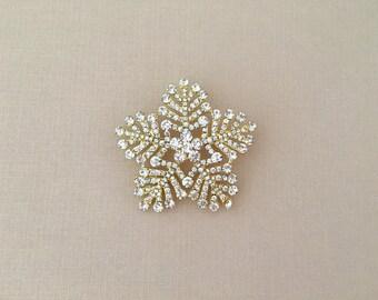 Gold Snowflake Brooch.Snowflake Brooch.Rhinestone Snowflake Brooch.Crystal Snowflake Brooch.Snowflake Broach.Snowflake Pin.Wedding Accessory