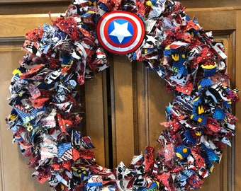 """Captain America fabric wreath 18"""". Great for any fan!"""