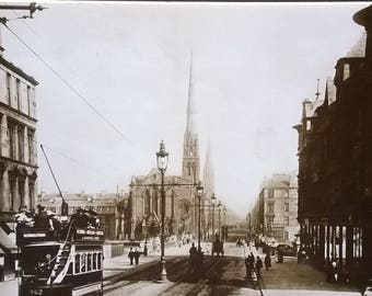 A photograph of Great Western Road, Kelvin Bridge, Glasgow.