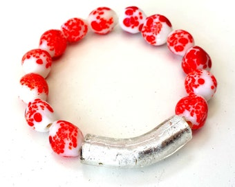 Coral stones and Murano glass, stretch bracelet