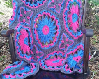 Crocheted Daisy Afghan