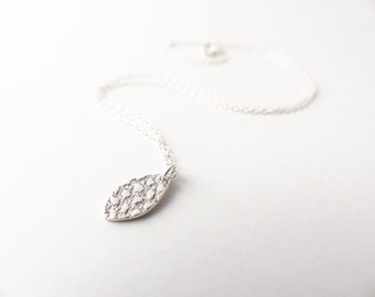Silver Leaf Pendant - Dainty Silver Necklace - Tiny Leaf Necklace - Simple Silver Necklace - Delicate Necklace - Cute Necklace Bestie Gift
