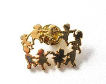 Dancing Children Pin Brooch Ring Around the Rosie