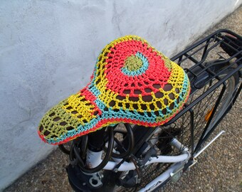 Bike saddle cover in crochet. Seat cover.