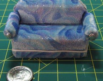 Sparkly Blue Love Seat/Sofa 1:24