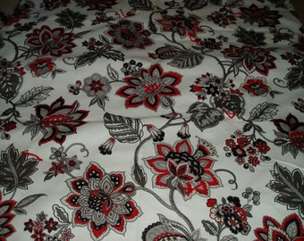 Bold Red/Black/Gray Flowers Throw/Cuddle Quilt/Blanket