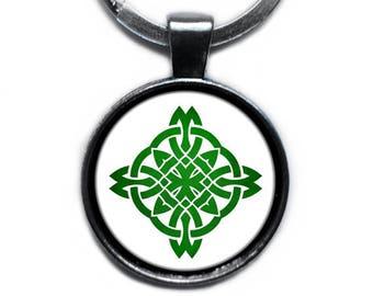 Celtic Symbol - Celtic Circle Green on White Keychain Keyring
