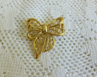Vintage Bow Brooch in Gold Tone, Vintage Bow Pin, Vintage Jewelry, Gift for Her, Vintage Jewellery, Mother's Day