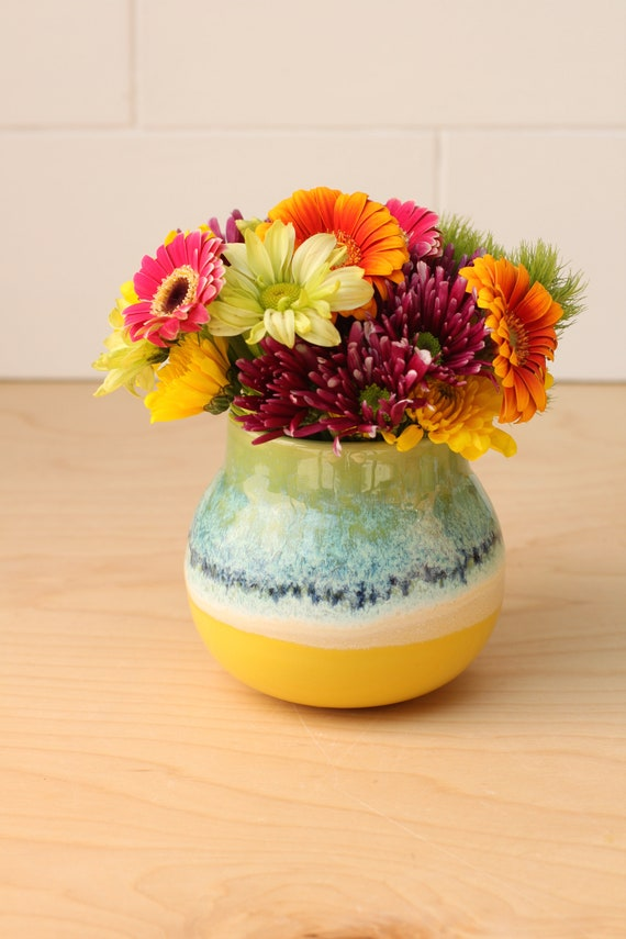 coastal vase // coastal decor // boho vase // small flower vase