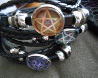 Regular or inverted pentagram bracelets