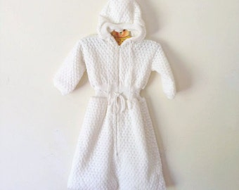 Vintage Cream Textured Knit Hooded Baby Bunting (Size 6/9 Months)