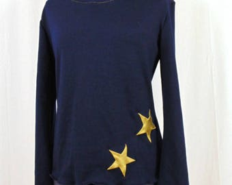 Blue pull with stars