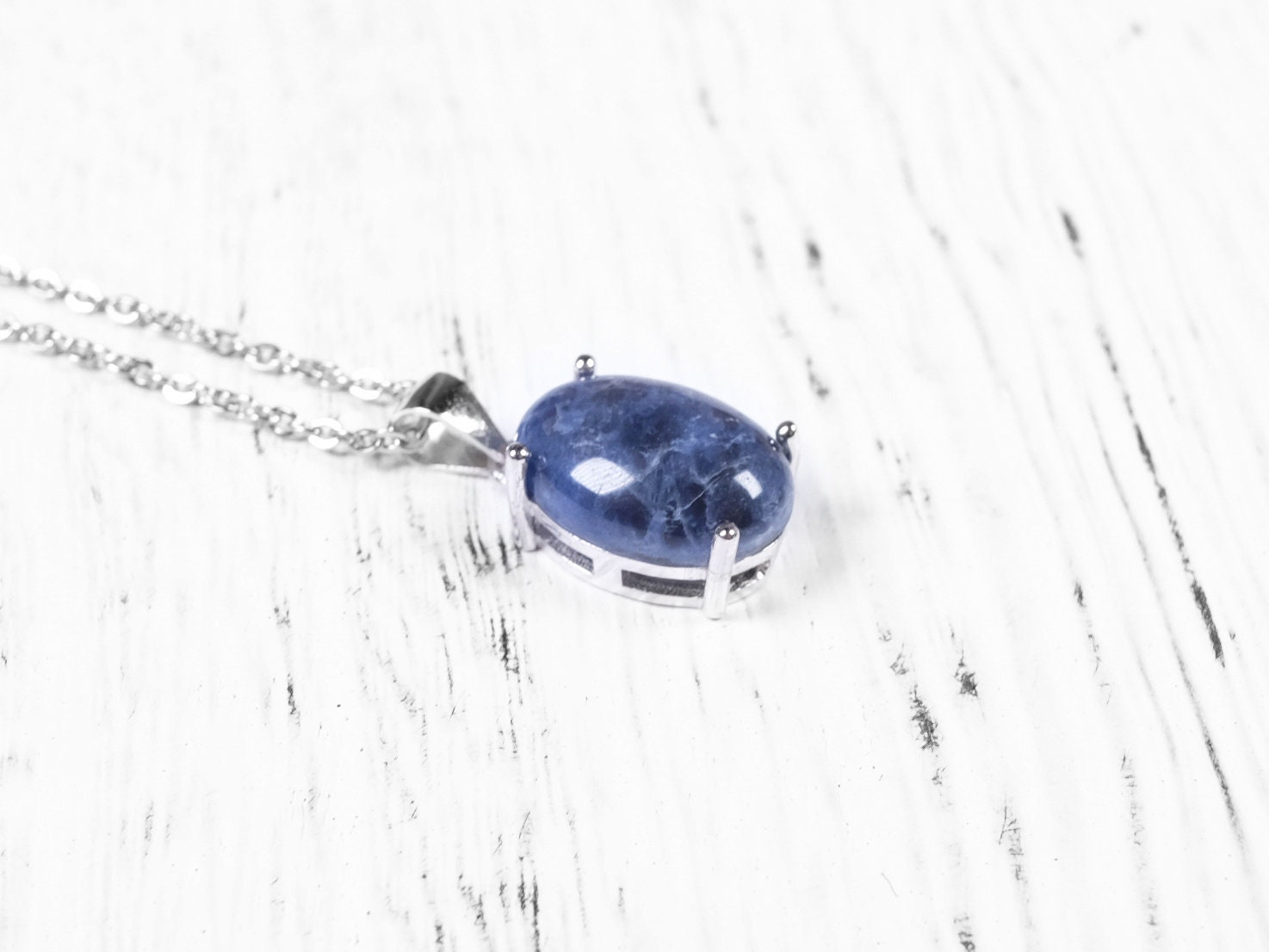necklace vaults crystal sodalite