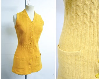 1940s Mustard yellow Lambswool long line sleeveless cardigan / 30s 40s woollen knitted cable knit waistcoat button sweater - Xs S