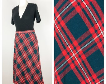 Vintage red and green tartan skirt.  Size 12 -14