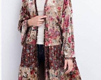 Beautiful floral velvet kimono / jacket