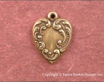Victorian Heart in Antiqued Polished Brass (item 322-AG) - 6 Pieces