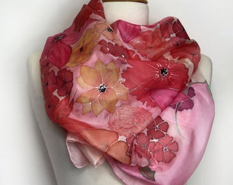 Hand painted silk scarf. Pink floral silk scarf. Painted silk foulard. Original wearable art. Hand painted in France. Made to order.