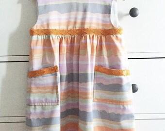 Elegant strips outfit plus shorts