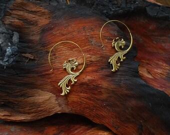 Dancing Flower - ear jewelry
