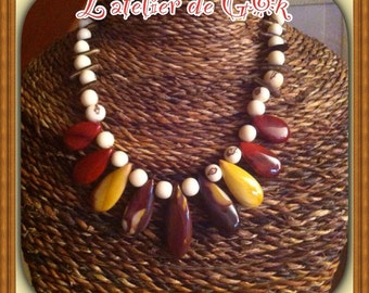 Necklace in Jasper mookaite and seeds plant