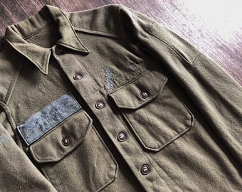 Vintage US Army wool shirt.