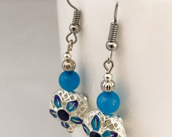 Blue dangle earrings, blue earrings, earrings blue, blue flower earrings, blue bead earrings, blue drop earrings