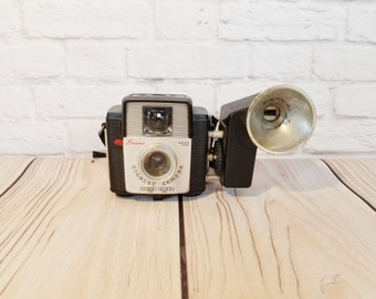 Vintage Kodak Brownie Starlet Camera