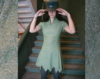 1960's Vintage Green Zig-Zag Hem Lines Darted Mini Dress by Novis Denné