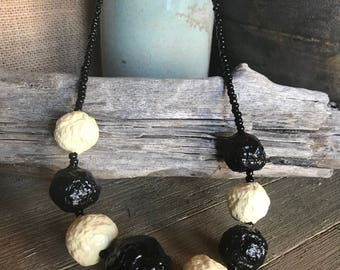 """PaperMache Bead """"Dots"""" Necklace...Black & Ivory"""
