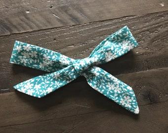 Schoolgirl bow- Green flowers-Medium