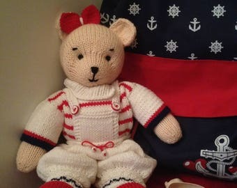 Soft toy, bear knitted.