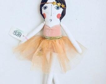 the M A R A B E L L E // heirloom doll