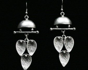 Antique Silver Plated Pewter Jewelry Earrings KU42