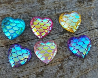 12mm Mixed Heart Scale Cabochon