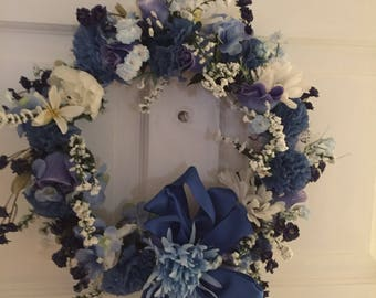 wreath blue and white 16 inches across  feel the warmth  136