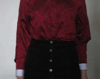 60s Loose-Fitting Red Shirt with Floral Pattern, White Cuffs and Collar