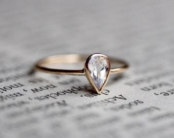 14K Pear Moonstone Ring