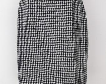 Vintage Houndstooth Wool Skirt - Size 10